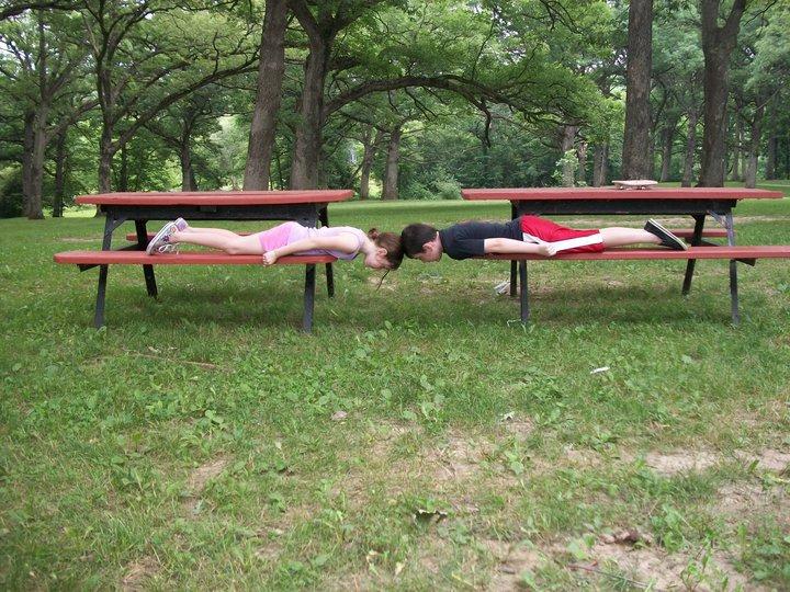 Double picnic plank